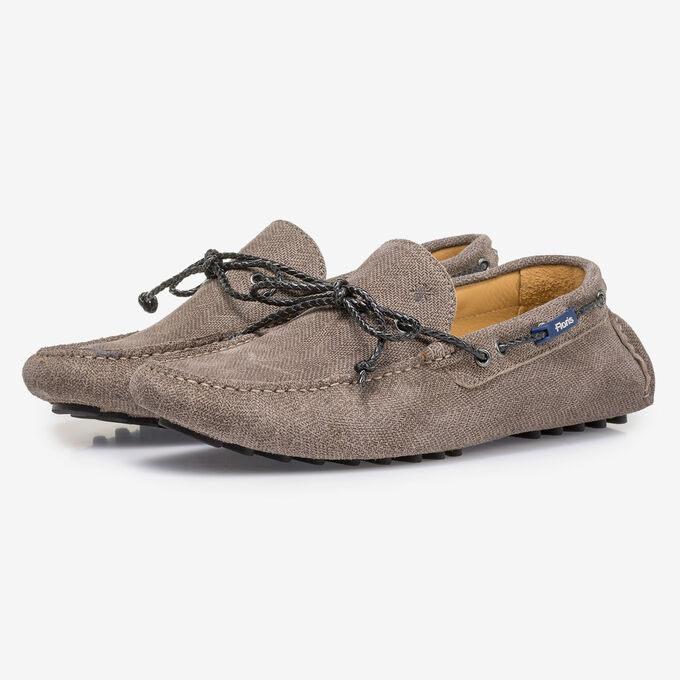 Sand-coloured suede leather moccasin with print