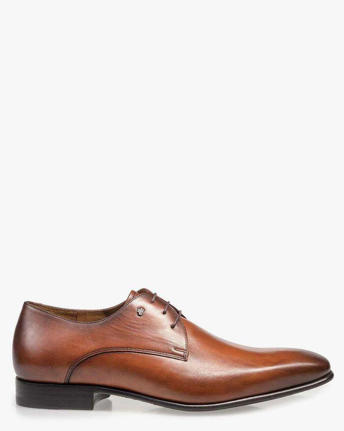Cognac-coloured leather lace shoe