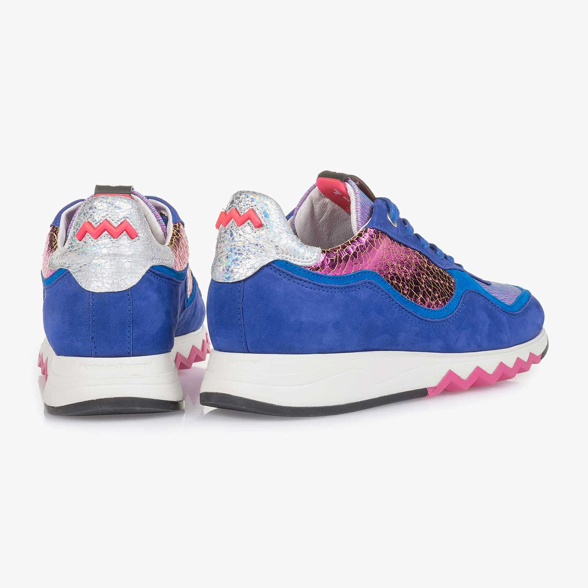 Kobaltblauer Wildleder-Sneaker