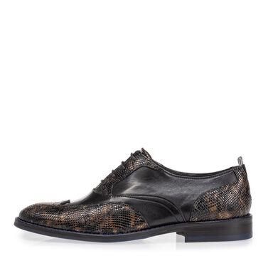 Lace shoe croco print