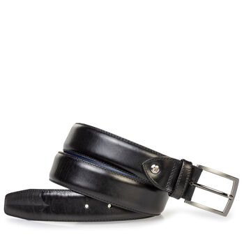 Leather belt with laser-cut print black