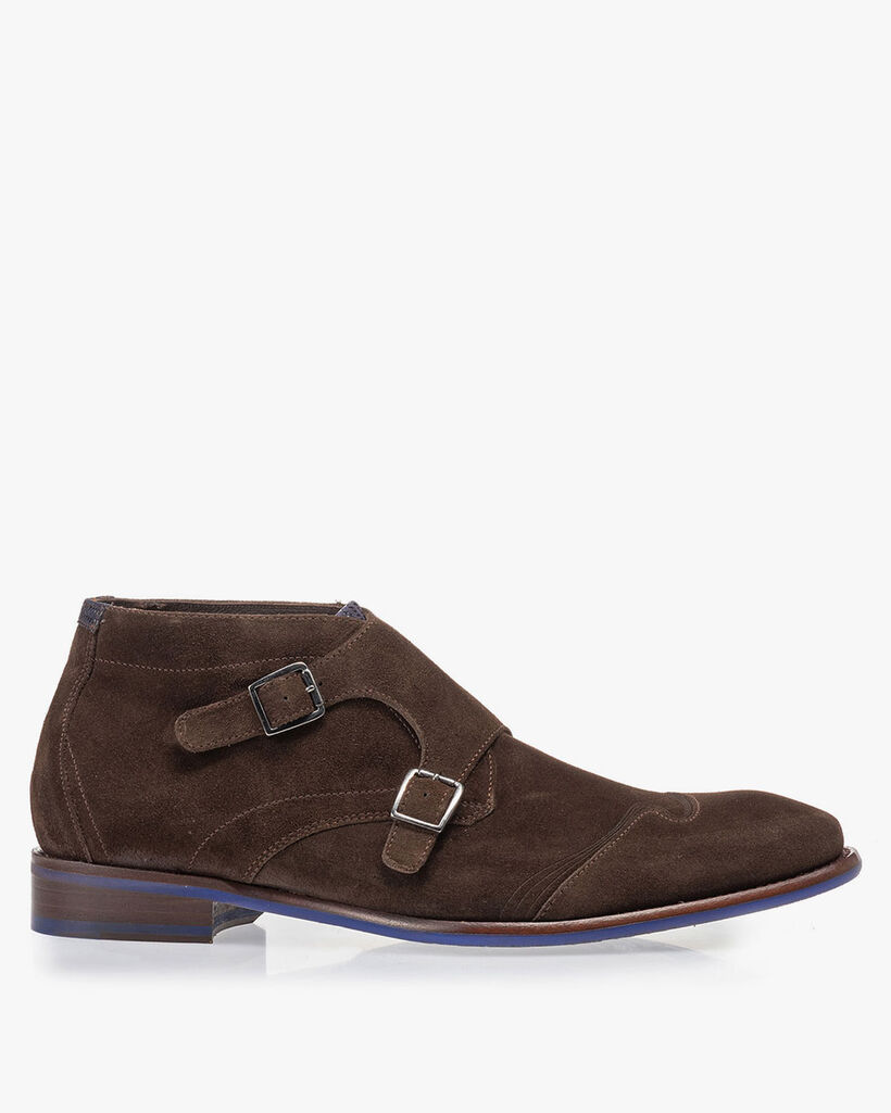 Buckle shoe brown suede leather