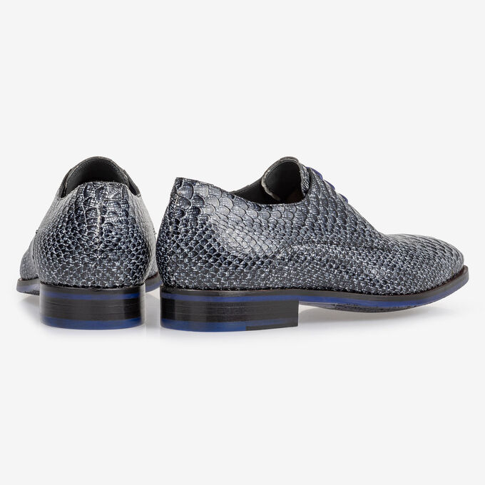 Lace shoe snake print black and white