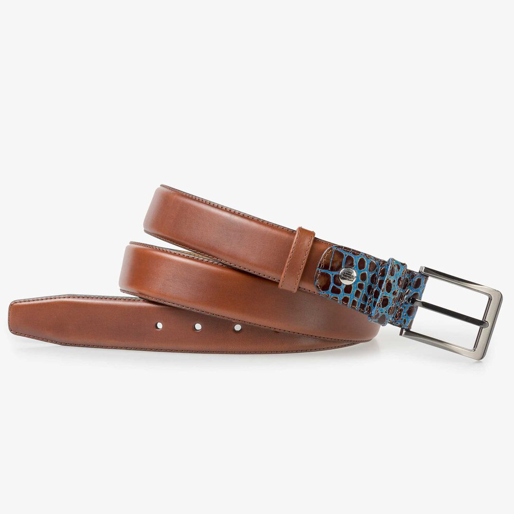 Medium brown leather belt
