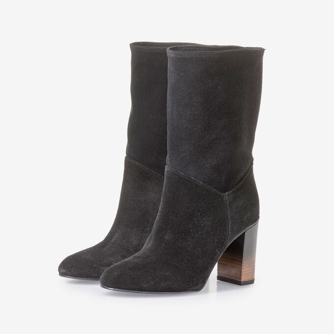 Schwarze Wildleder-Stiefel