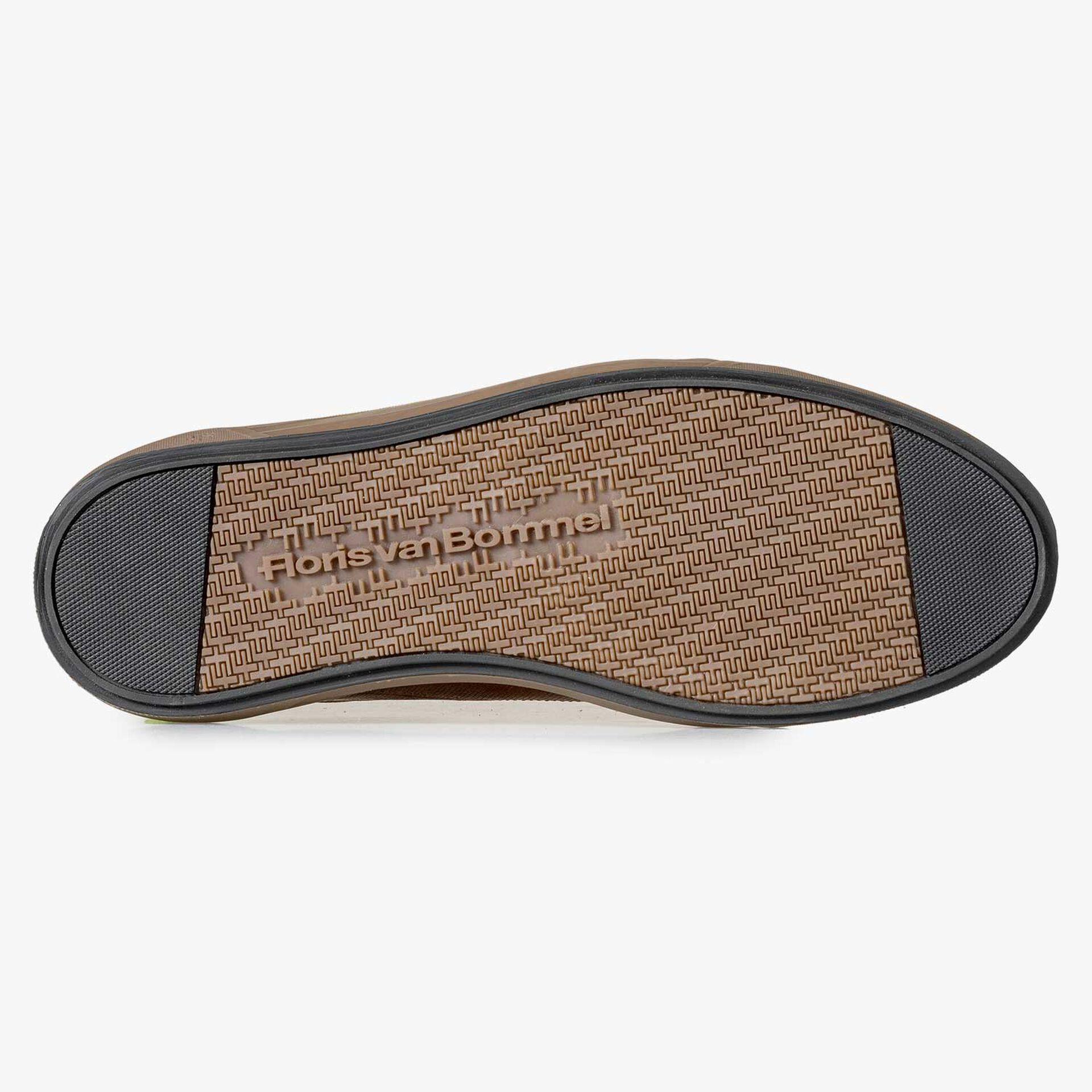 Brauner gemusterter Sneaker