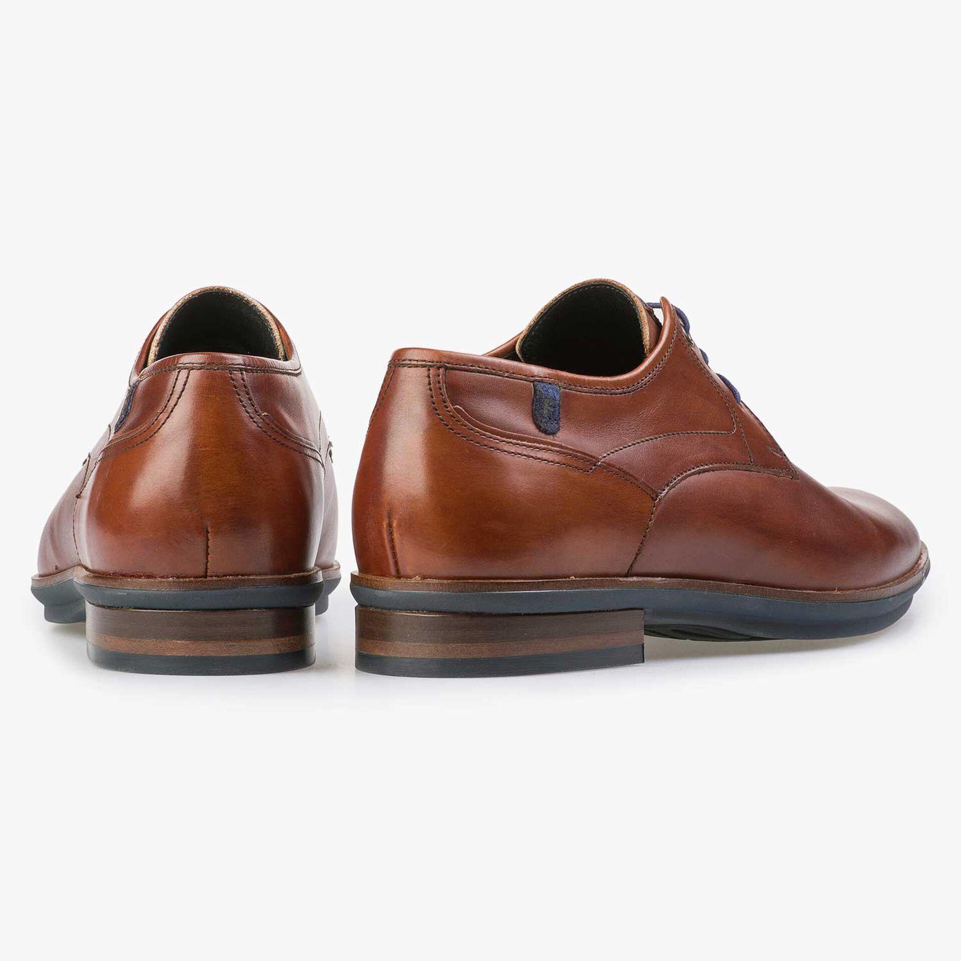 Cognac-coloured calf's leather lace shoe