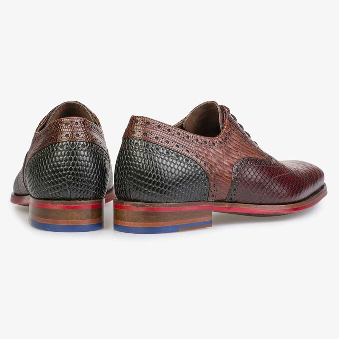 Dark cognac-coloured lace shoe