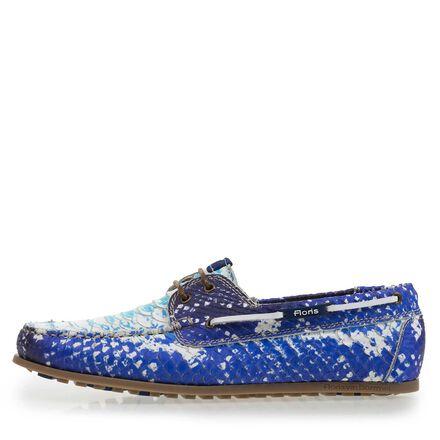 Patterned boat shoe