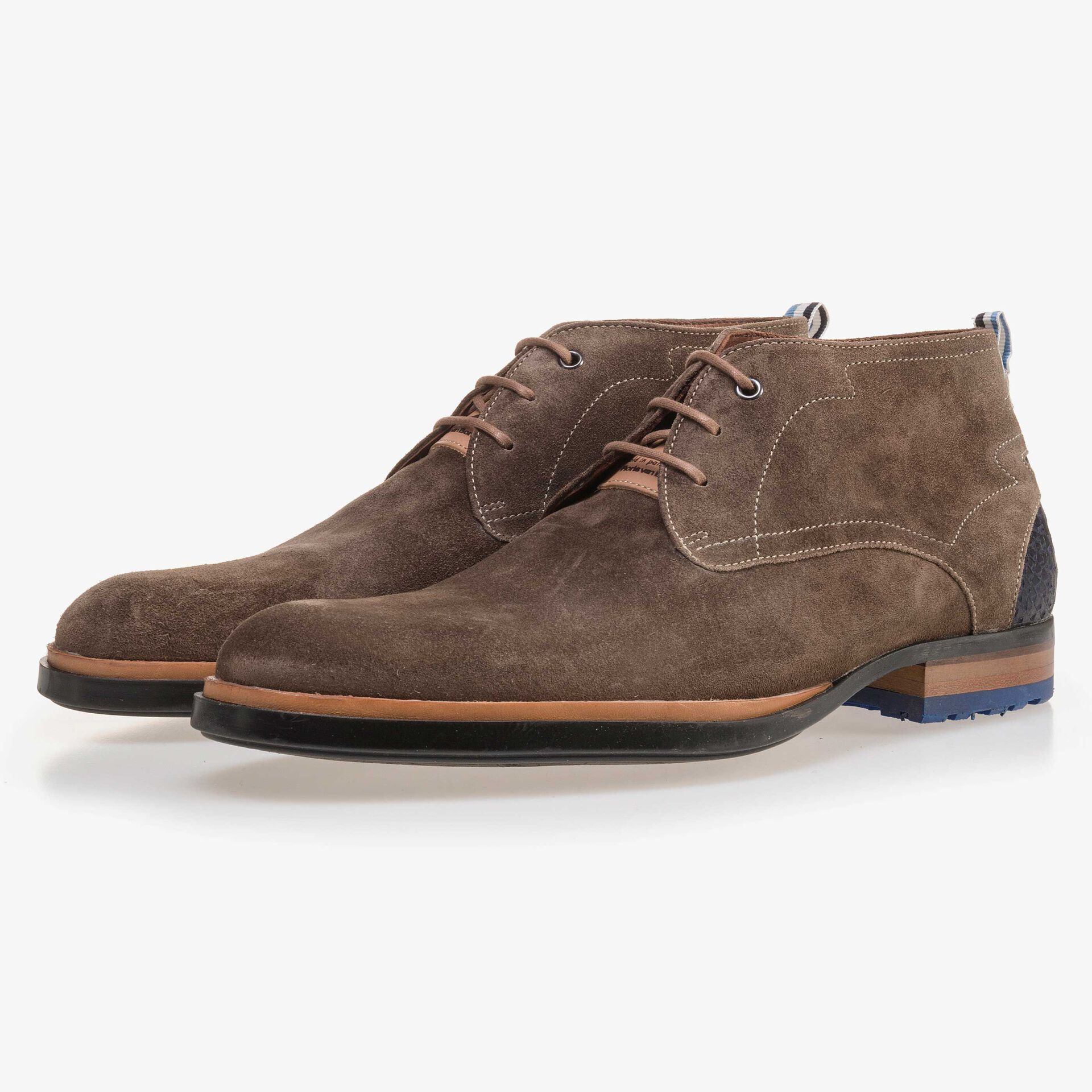 Suede leather lace boot dark taupe