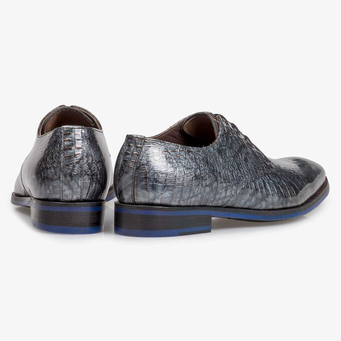 Grey patent leather lace shoe with croco print