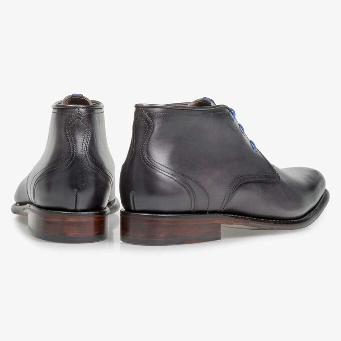 Grey calf leather lace boot