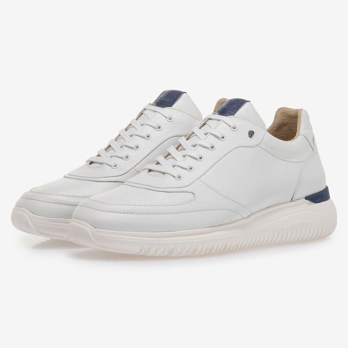 Weißer Kalbsleder-Sneaker