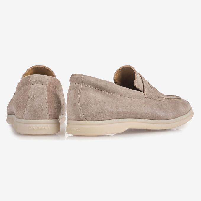 Beigefarbener Wildleder-Loafer