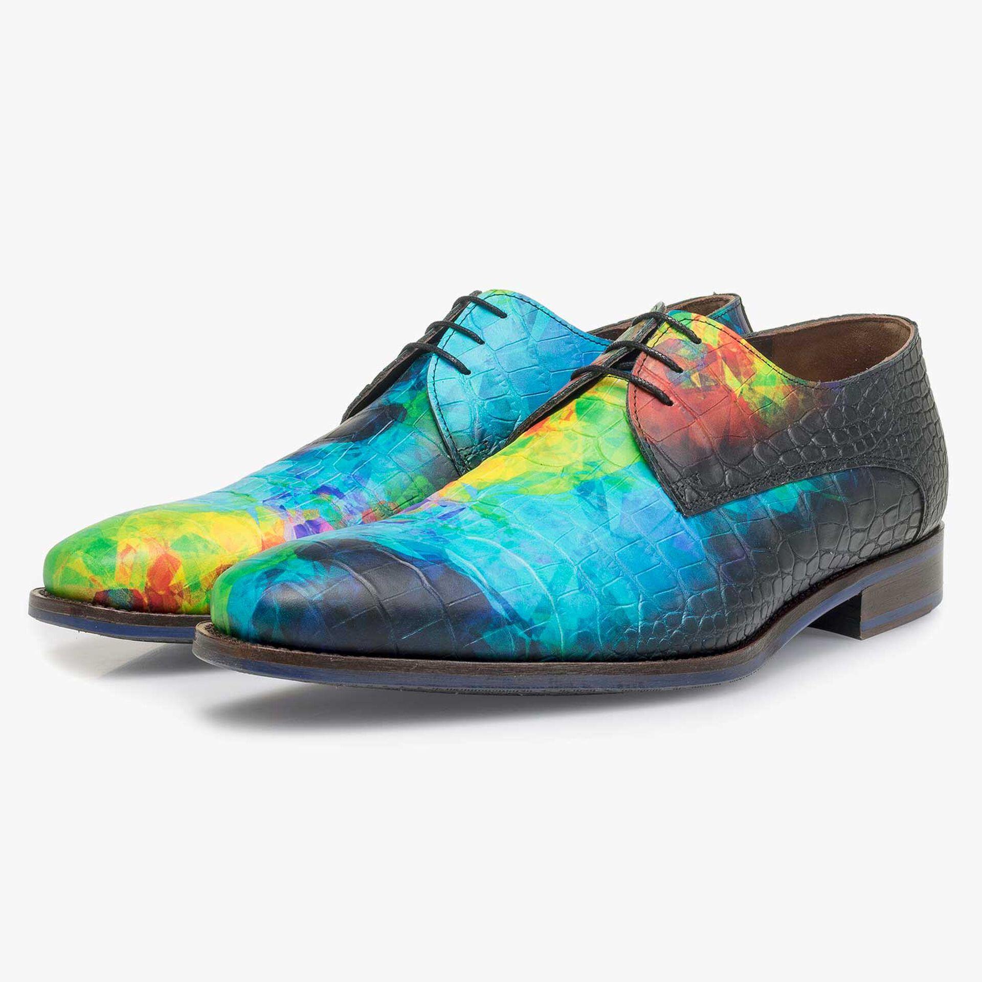 Multi-colored premium lace shoe with croco print