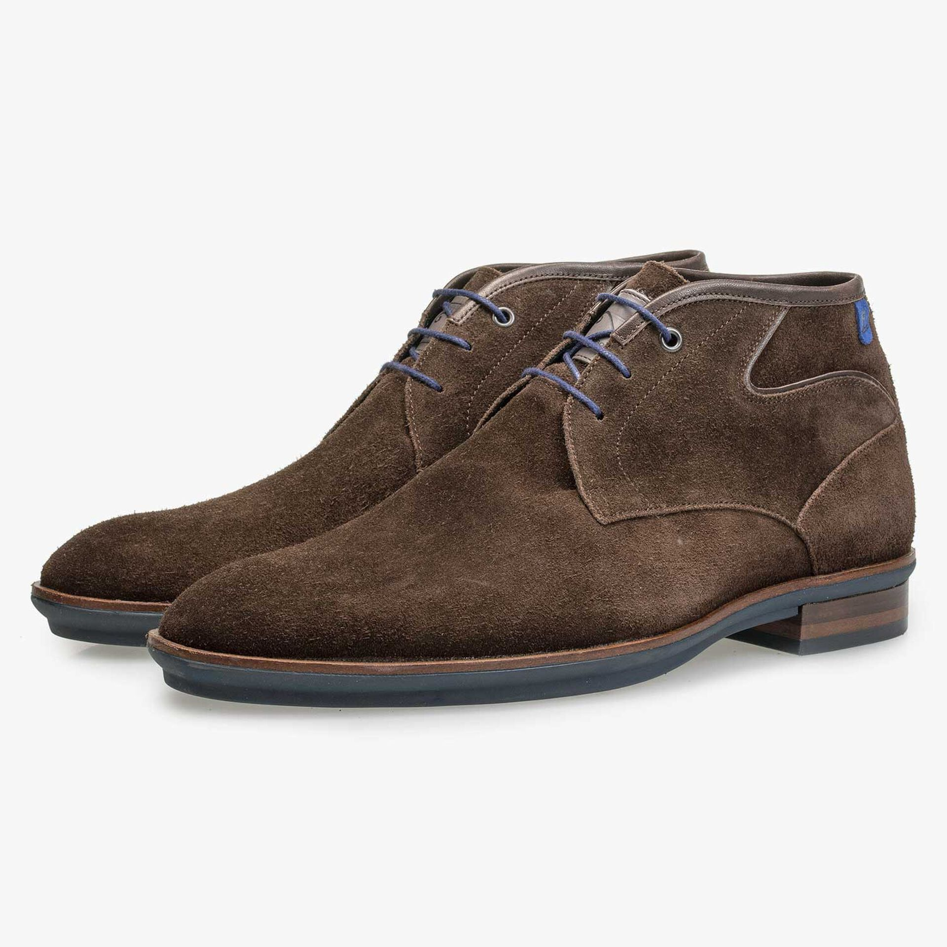 Brown suede leather lace boot with rubber sole