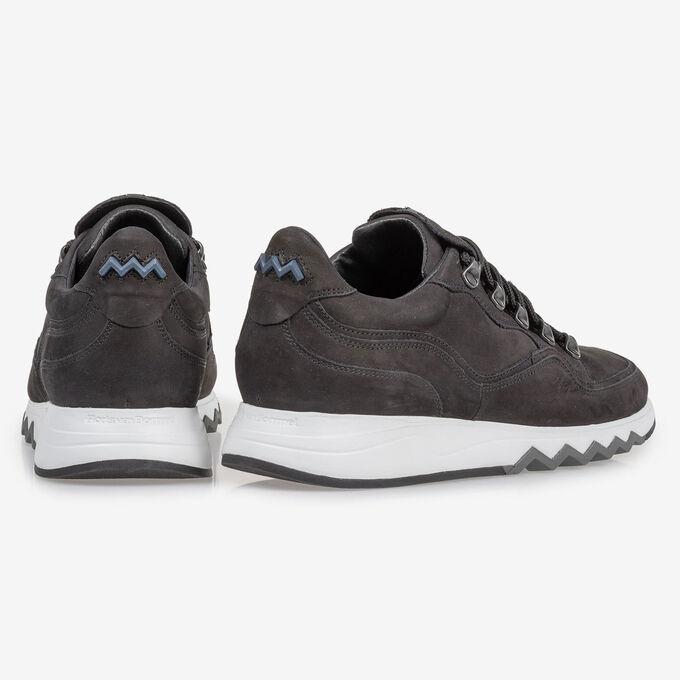 Sneaker schwarz Nubuk
