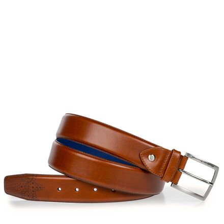 Belt with brogue perforations