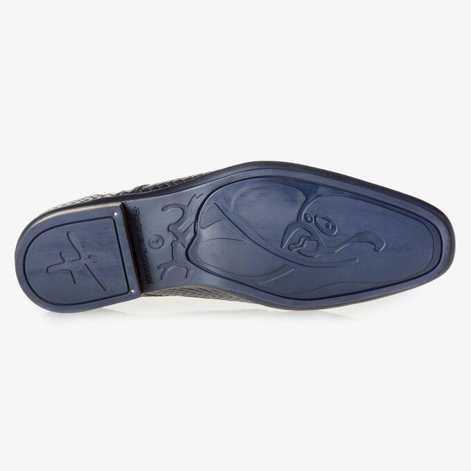 Blauer Kalbsleder-Schnürschuh mit Schlangenprint