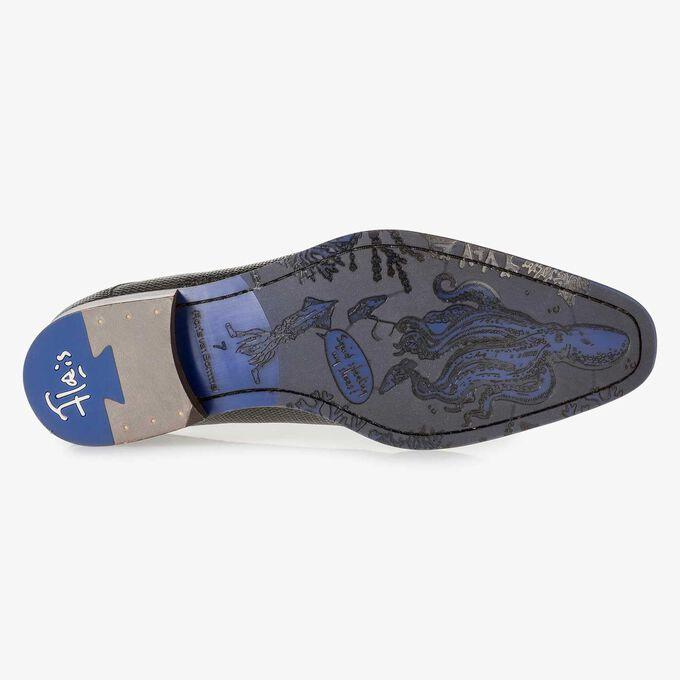 Dunkelgrauer Leder-Schnürschuh mit Metallic-Print