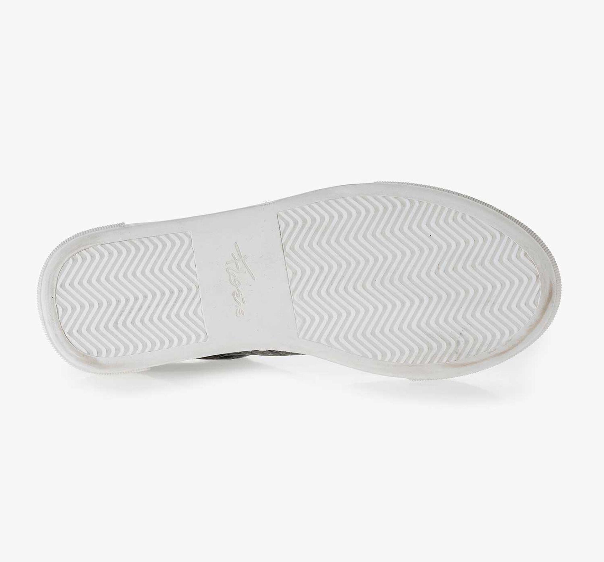 Schwarzer gemusterter Leder Sneaker