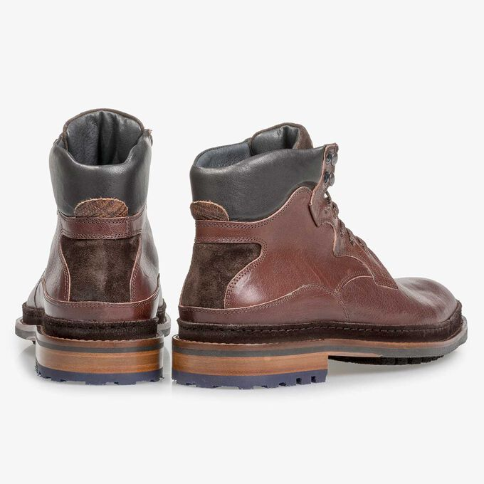 Red-brown calf leather boot