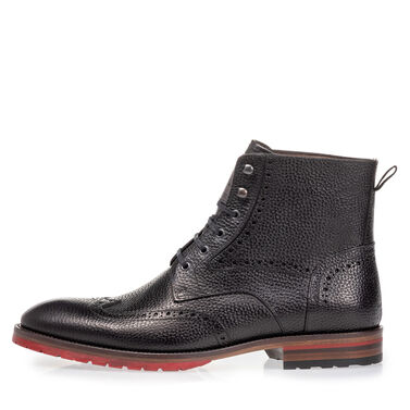 Brogue leather lace boot