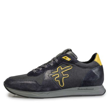 Leather sneaker with F-logo