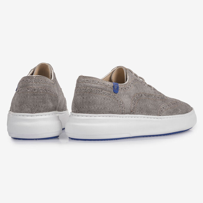 Light grey suede leather lace shoe with print