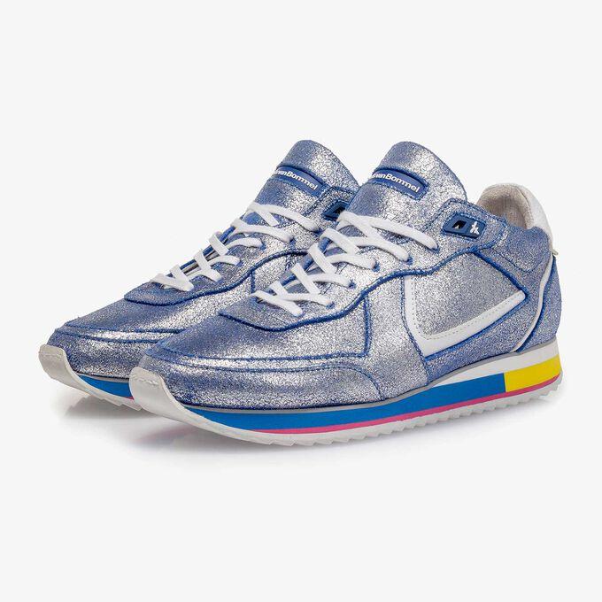 Silber Metallic Leder-Sneaker mit blauem changierendem Effekt
