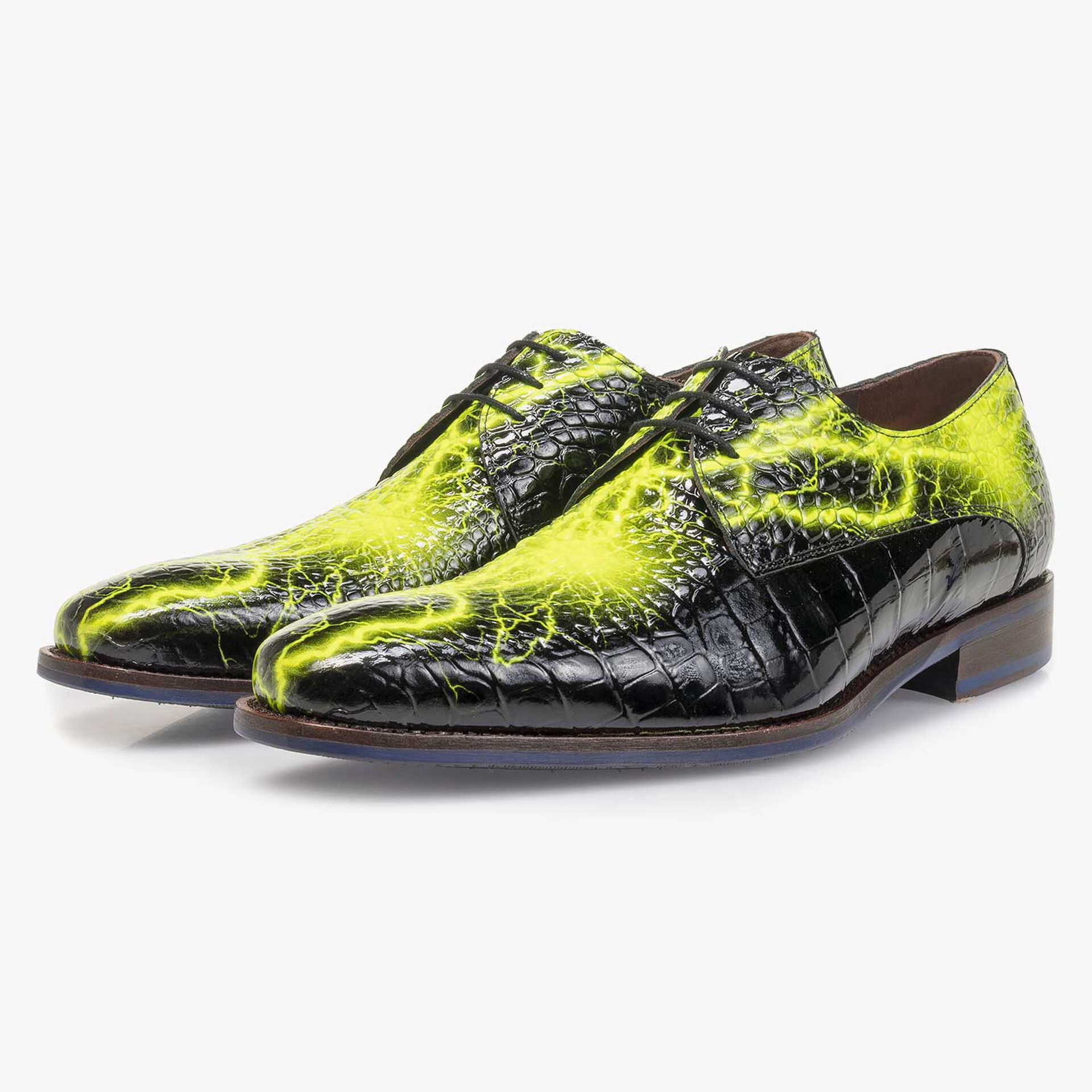Black premium lace shoe with yellow print