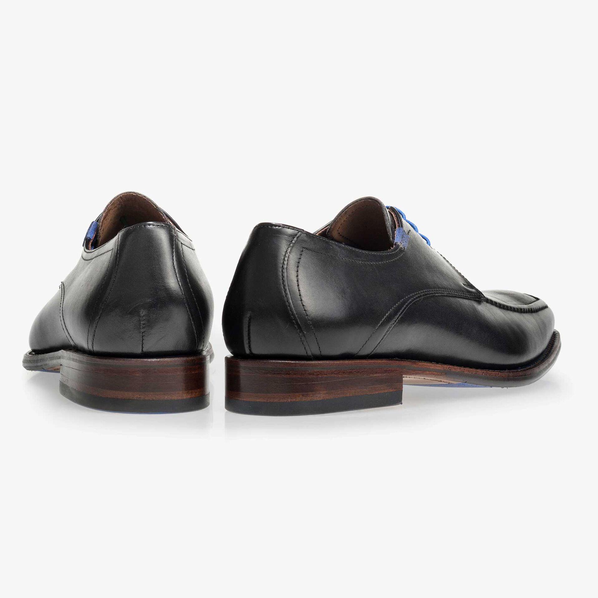 Schwarzer Leder Schnürschuh