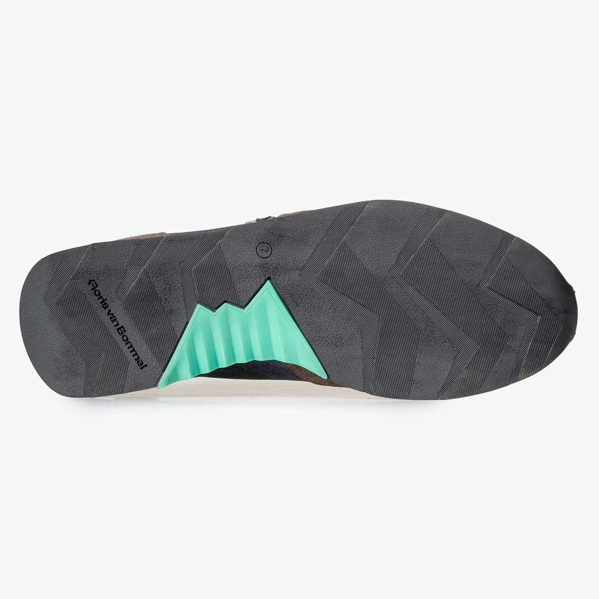 Blauer/ Grüner Leinen Sneaker mit grünen Akzenten