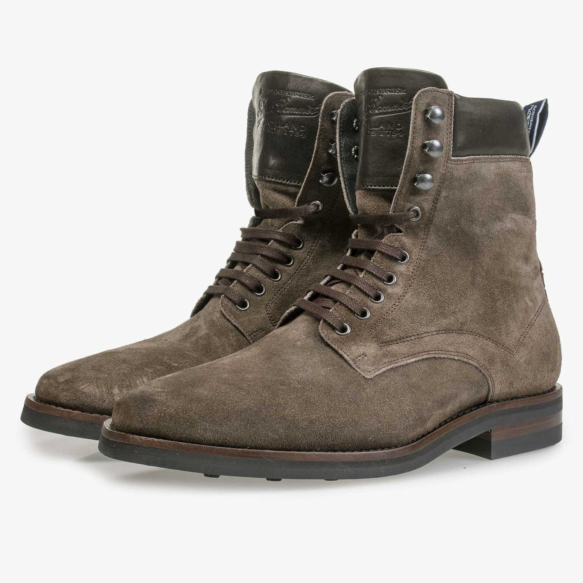 Lace boots washed suede leather taupe
