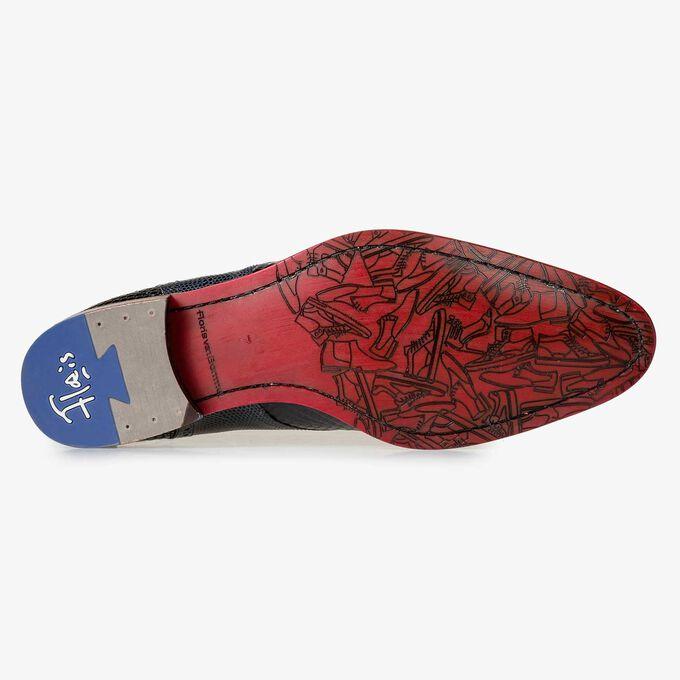 Halbhoher blauer Leder-Schnürschuh mit Schlangenprint