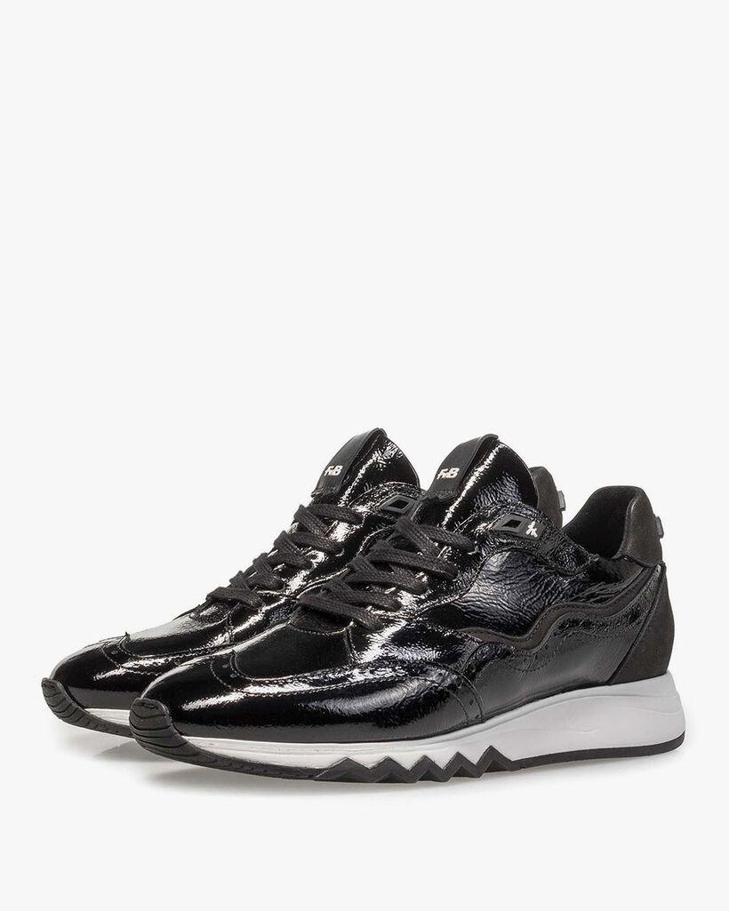 Schwarzer Lackleder-Sneaker