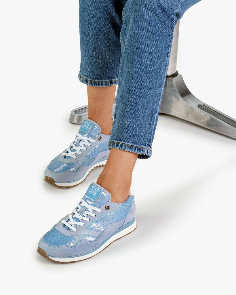 Sneaker Nubukleder hellblau