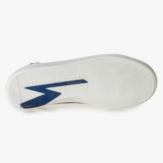 Premium cremeweißer Ponyhaar-Sneaker mit Streifen