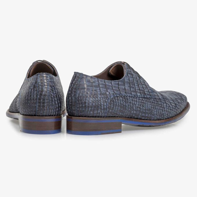 Blue nubuck leather lace shoe with croco print