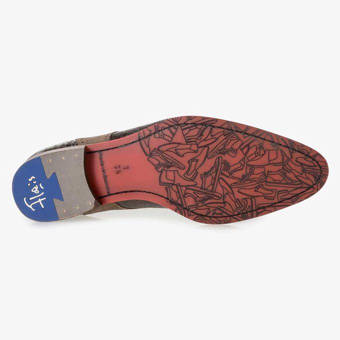 Brauner Leder-Schnürschuh mit Metallic-Print