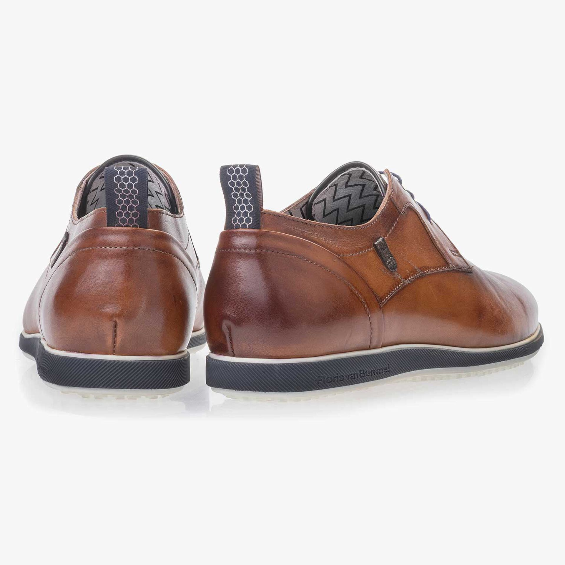 Cognac-colored leather lace shoe