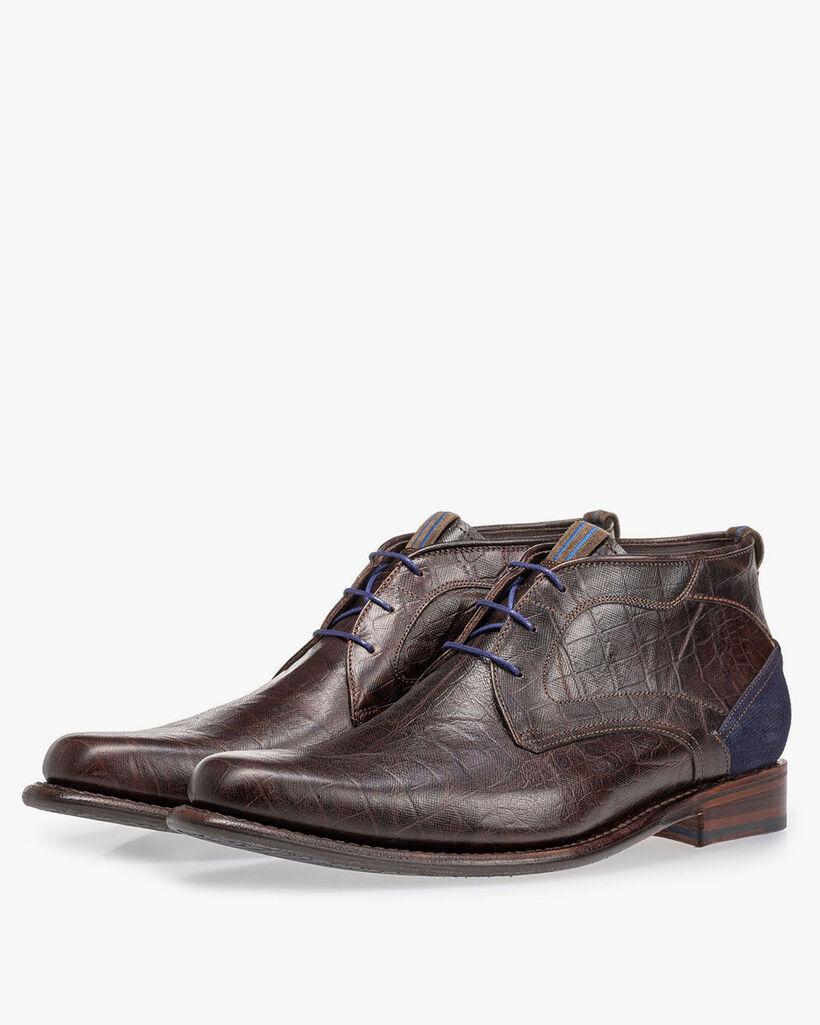 Lace boot croco print brown