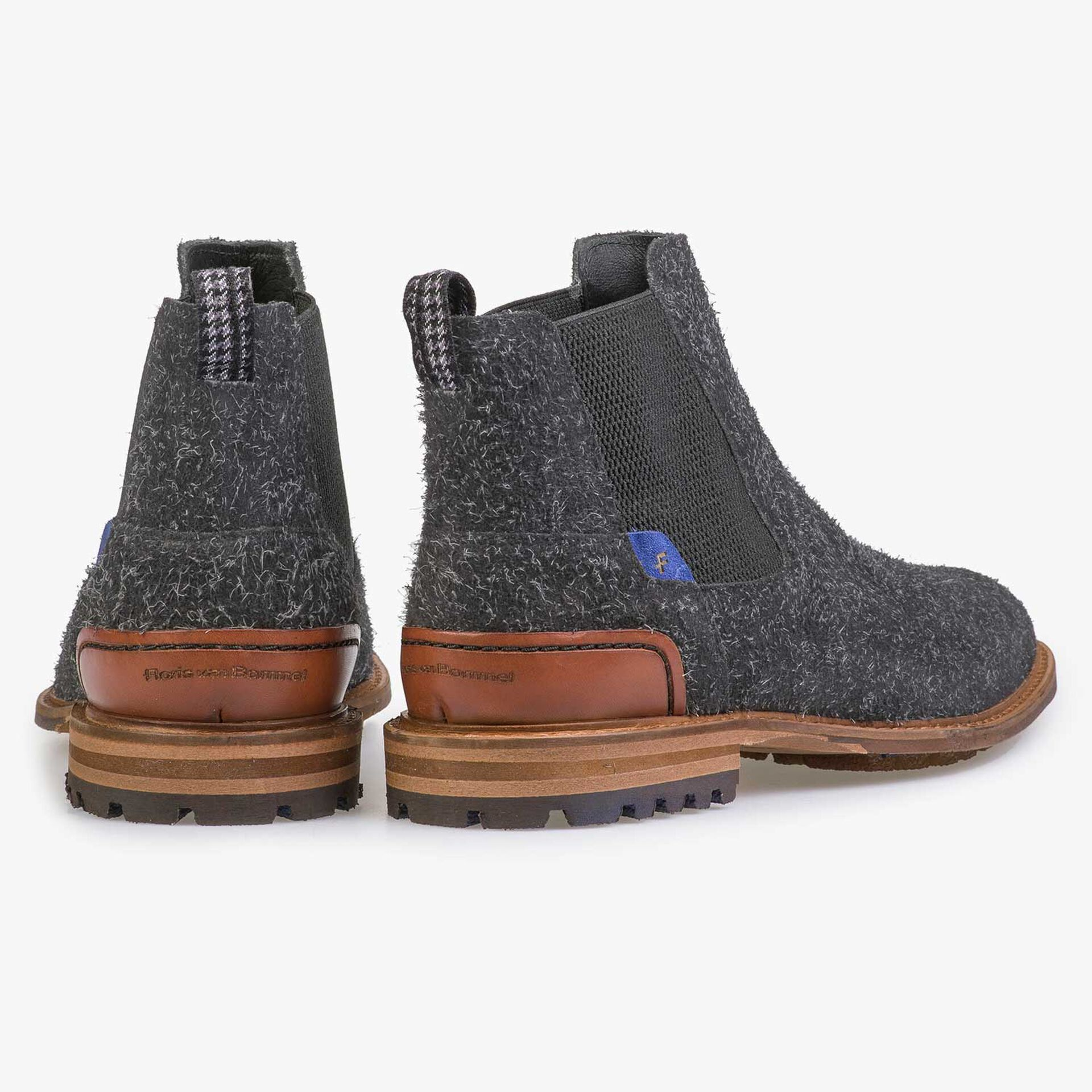Dark grey rough Chelsea boot