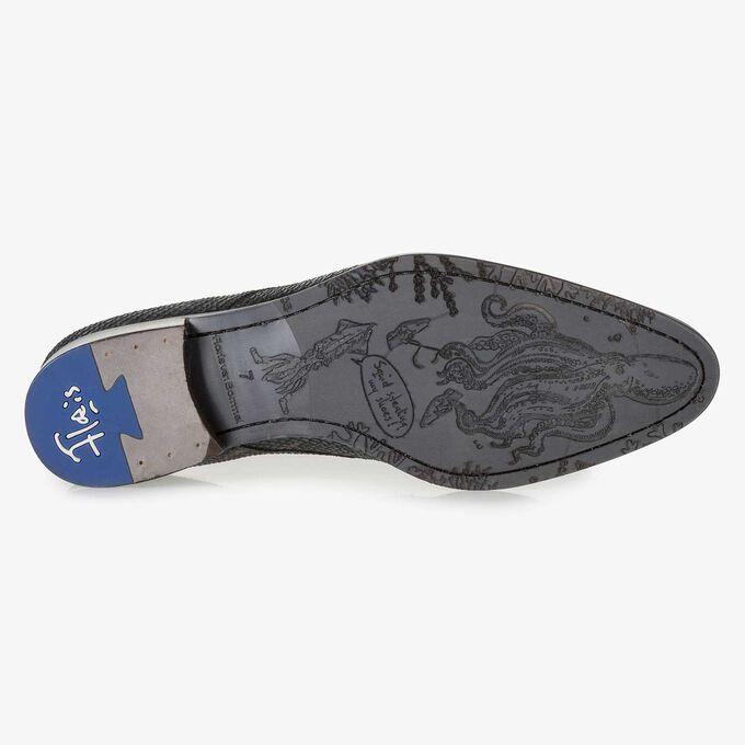 Blauer Leder-Schnürschuh mit Schlangenprint