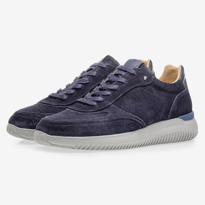 Blauer Wildleder-Sneaker