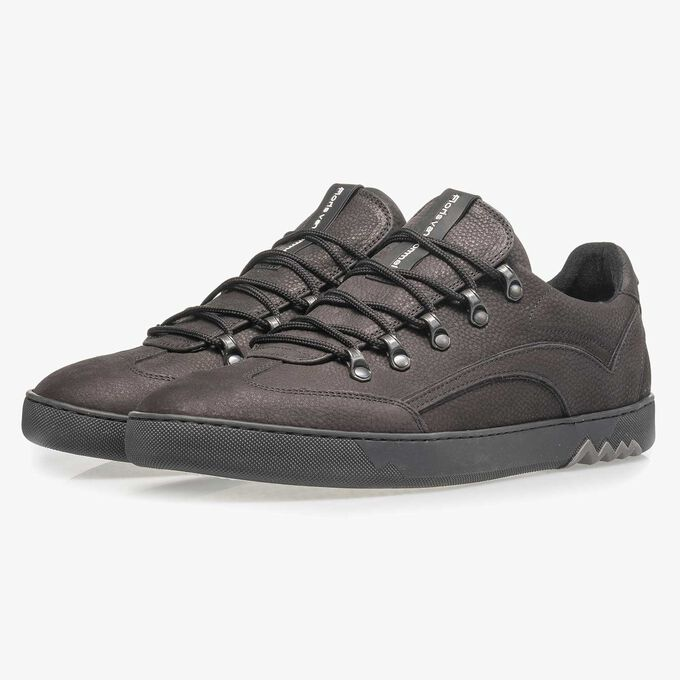 Black nubuck leather lace shoe