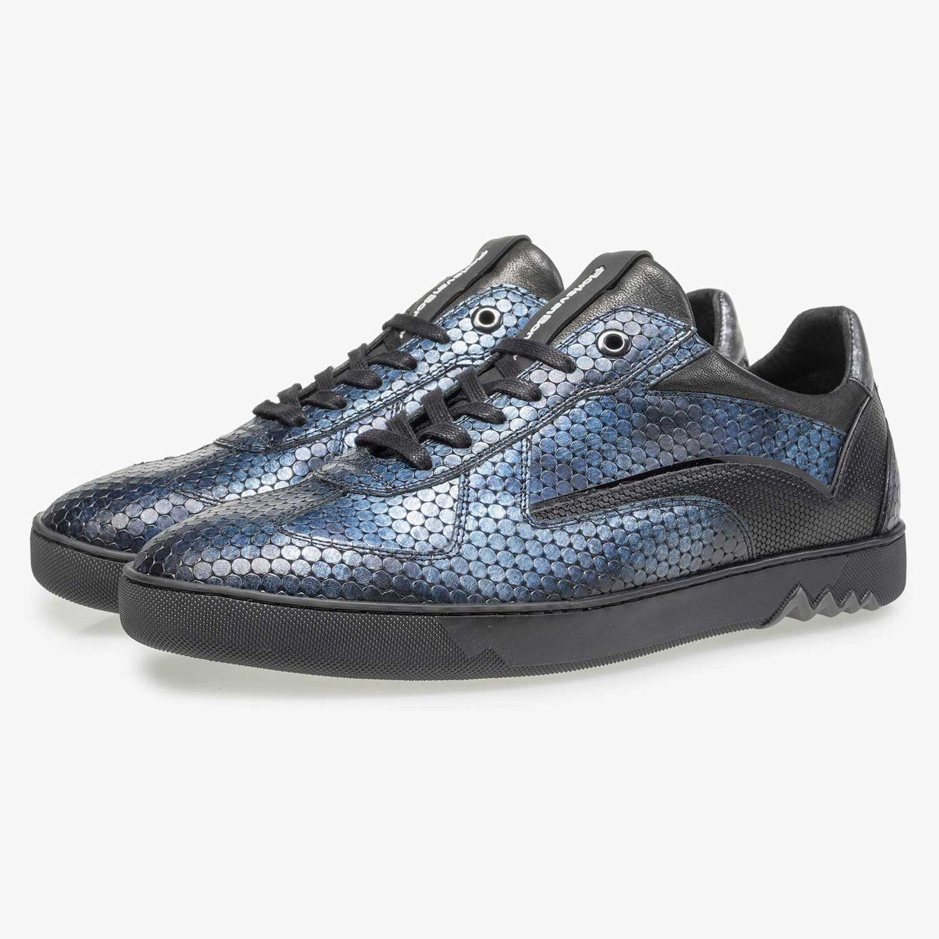 Blue metallic print leather sneaker