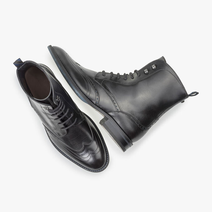 Black calf leather lace boot
