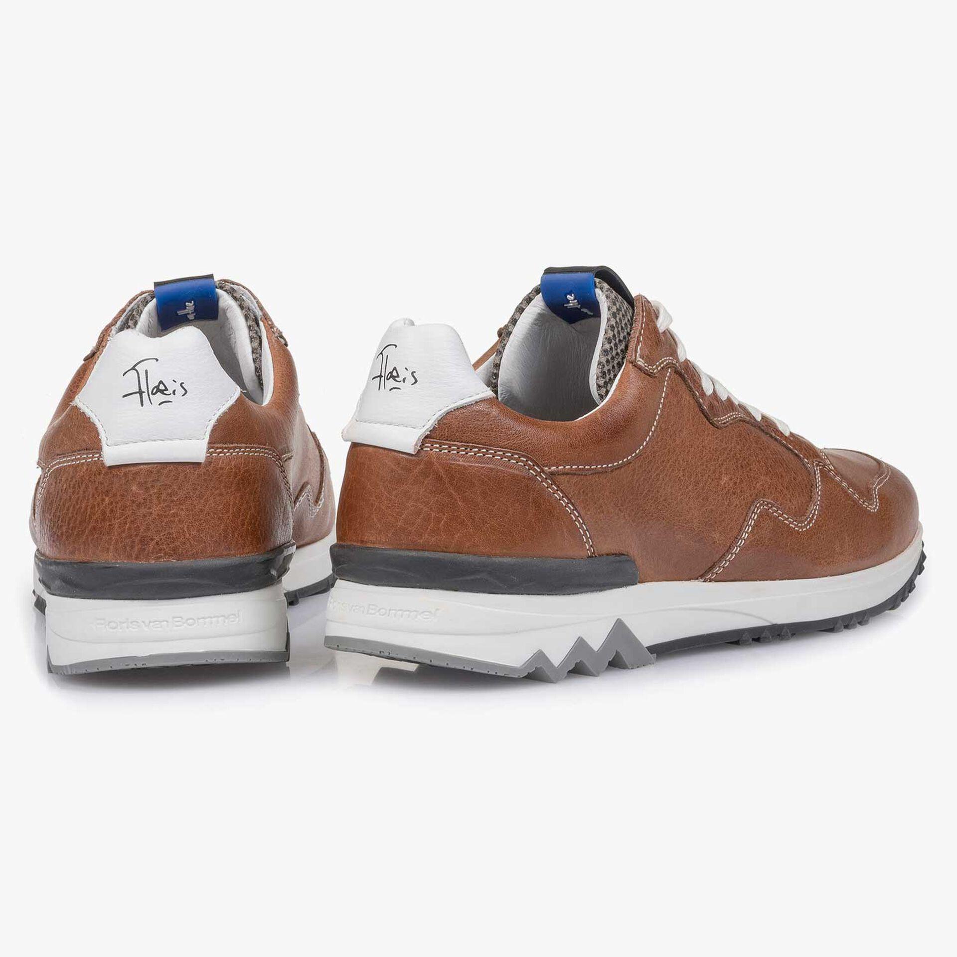 Cognacfarbener Leder-Sneaker