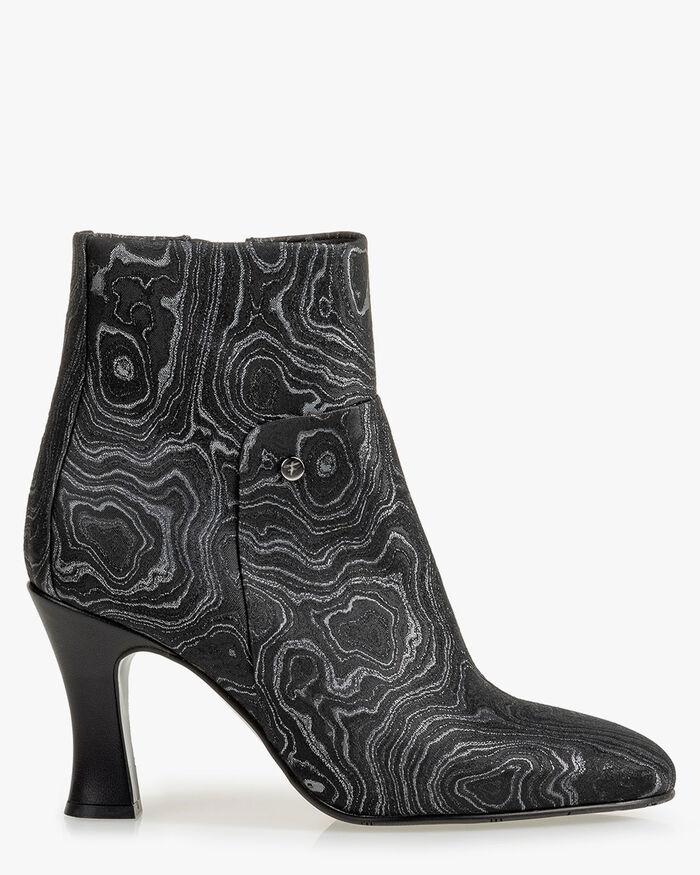 Stiefelette Print schwarz